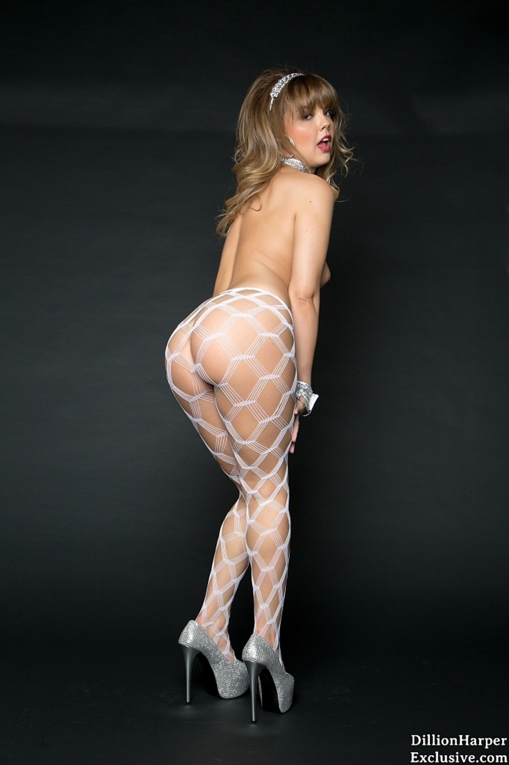 hot assed babe dillion harper in sexy fish  pantyhose at