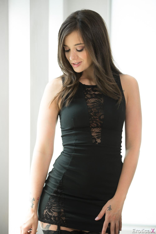 Susan  Femme Girl