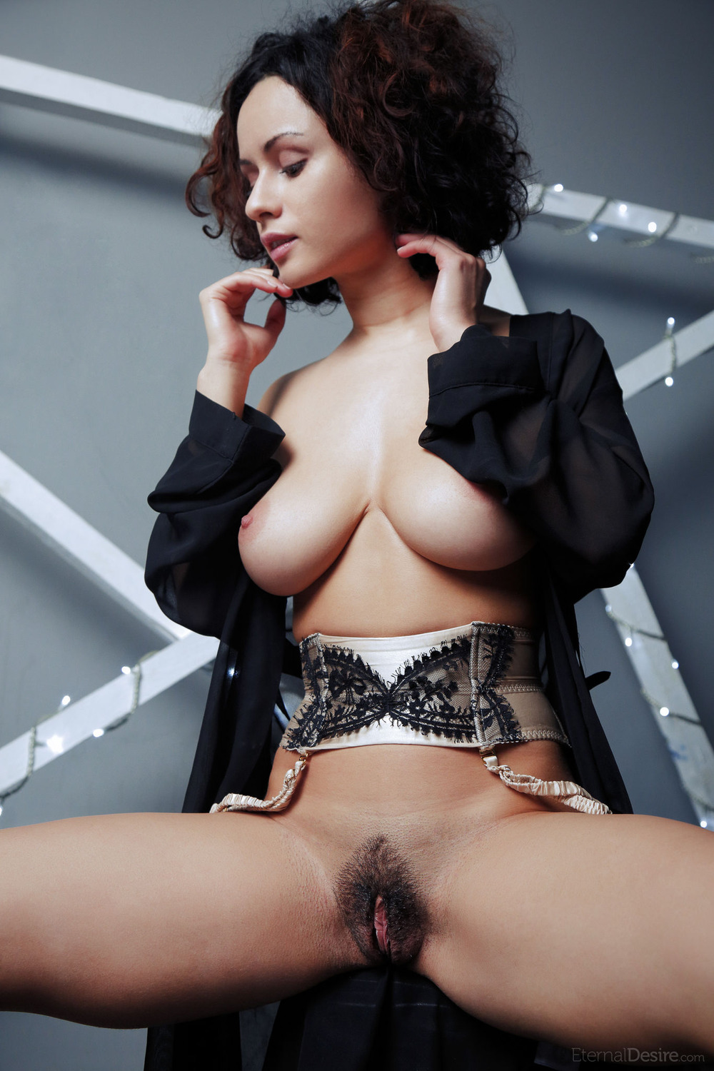 pammie lee exotic beauty at nightdreambabe