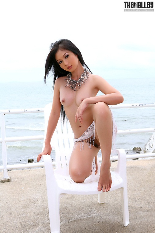 Gothic Cutie Gina Valentina