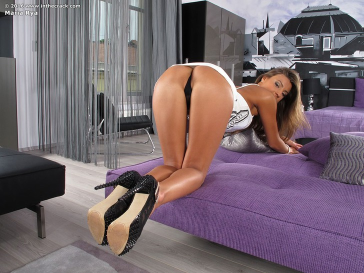 Big Boobed Mature Pornstar Tigerr Benson Assfucked