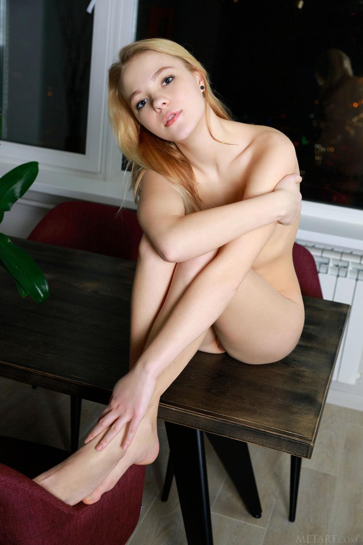 Amazing Russian Teen Caralyn Candela