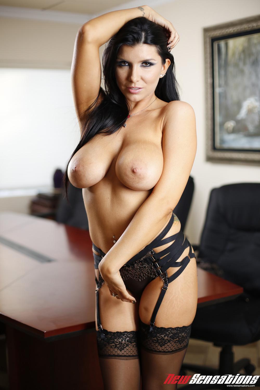 Busty Asian Chick Hana Nonoka