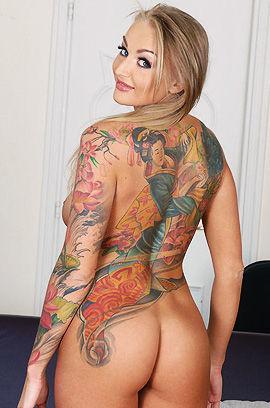 Hot Tattooed Kayla