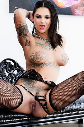 Wild Tattooed Pornstar Chick Bonnie Rotten