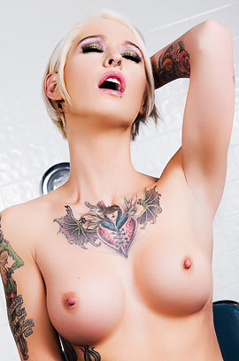 Tattooed Babe Kleio Valentien Shows Her Sexy Body