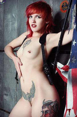 Pandora Von Kit Kinky Redhead Chick