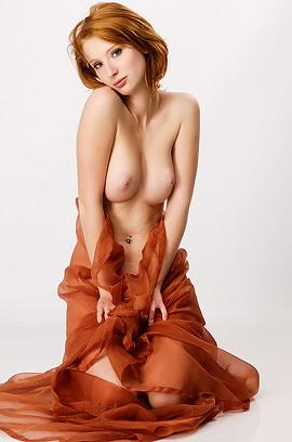 Dream Redhead Babe Clelia