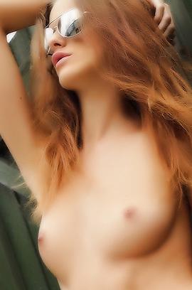 Glamour Redhead Dream Babe Melissa Tongue