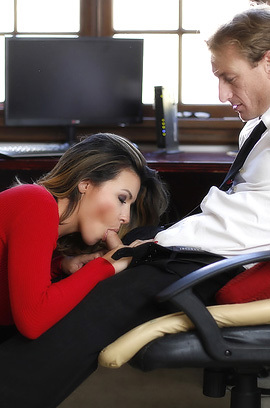 Danica Dillon Sucks A Big Cock In The Office