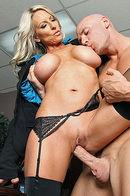 Lady Boss Emma Starr