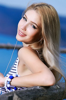 Beauty Blonde Teen Genevieve Gandi