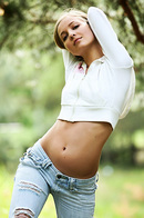 Country Girl In Blue Jeans