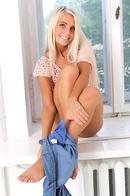 Blonde Teen Shows Off Her Ass