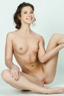 Naked Beauty Teen Kira Joy
