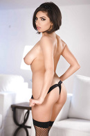 Natural Big Boobed Babe Darcie Dolce