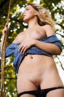 Lydia J Strips To Naked In The Nature